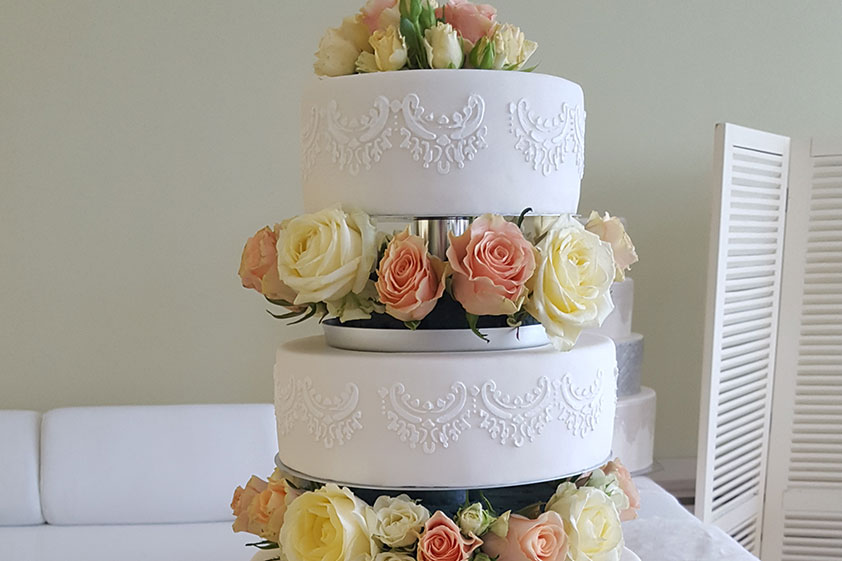 Tort nuntă